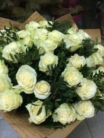 Букет из 35 шикарных белых голландских роз в Янауле