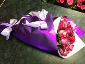 Букет из свежих и красивых 15 роз с доставкой в Янауле