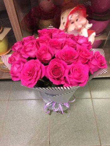 Букетиз 25 роз в Янауле с доставкой