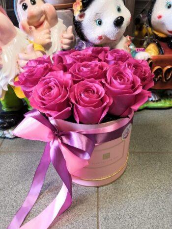 Шляпная коробка 11 роз Пинд Флойд