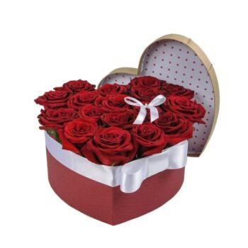 19 роз в шляпной коробке Янаул