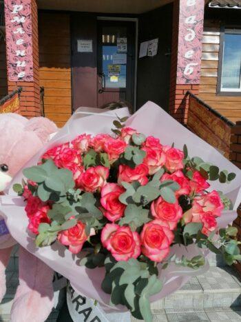"Букет из роз ""Джумилия"""